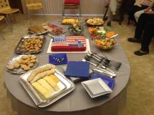 Better view of the cake and other foods