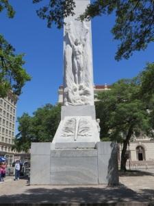 Monument at Alamo