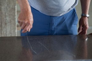 Scratching the countertop