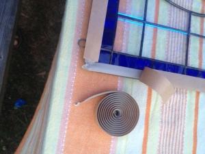Applying sealing putty.